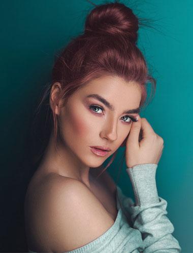 makeup brand artist