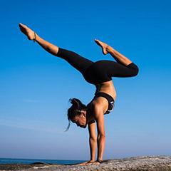 yoga instructor free img